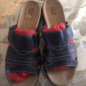Women Clark's shoes size 8